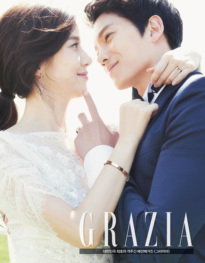 Mợ út tài phiệt Lee Bo Young và tài tử Ji Sung kỷ niệm 8 năm kết hôn, bộ ảnh cưới thế kỷ và tin đồn tiểu tam bỗng hot trở lại - ảnh 3
