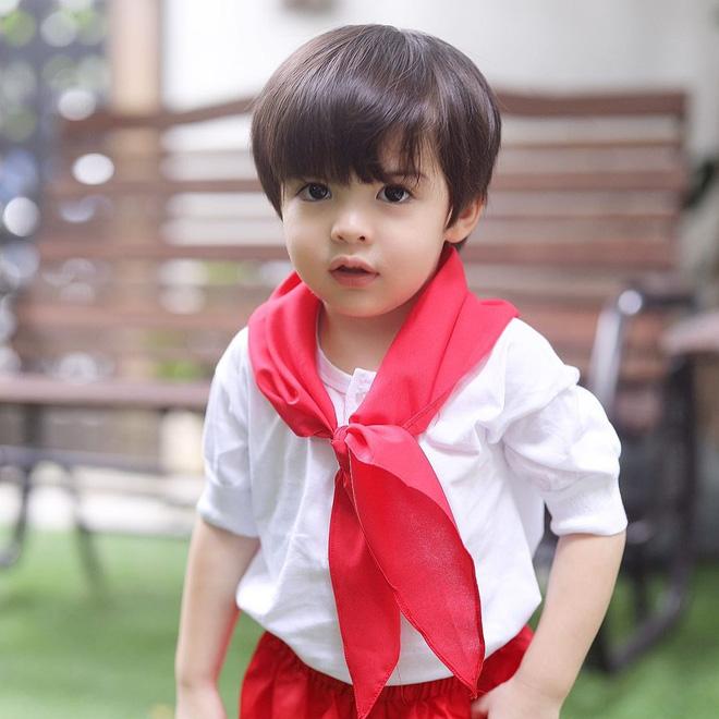 Mỹ nhân đẹp nhất Philippines khoe con trai diện mạo đúng chất soái ca nhí, fan chỉ còn biết trầm trồ mong thần tượng sinh thêm con - Ảnh 3.