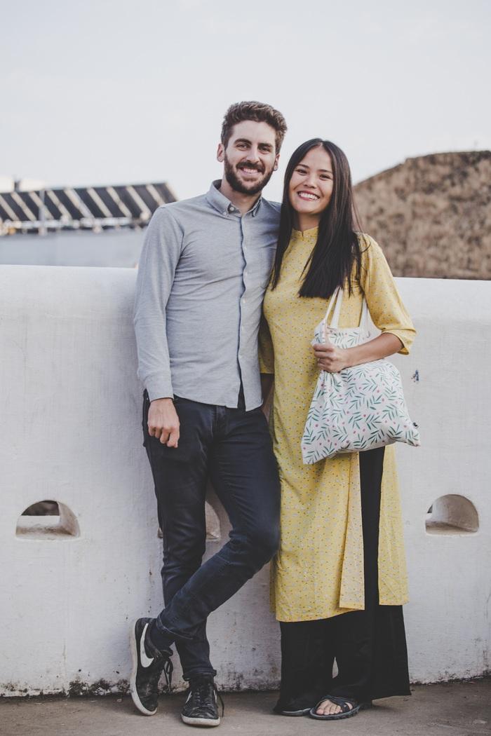 Chồng Pháp vợ Việt cùng đạp xe từ nhà anh tới nhà em 16.000 km và hành trình yêu thương mang tên Nón lá - Ảnh 15.