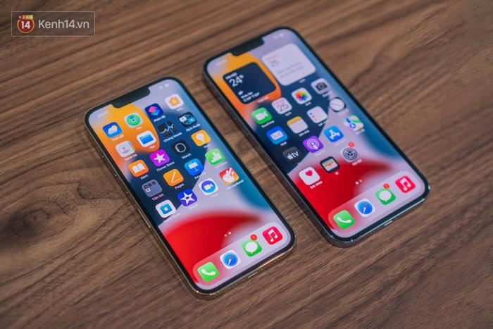Nóng: Cận cảnh những chiếc iPhone 13 đầu tiên về Việt Nam - Ảnh 10.