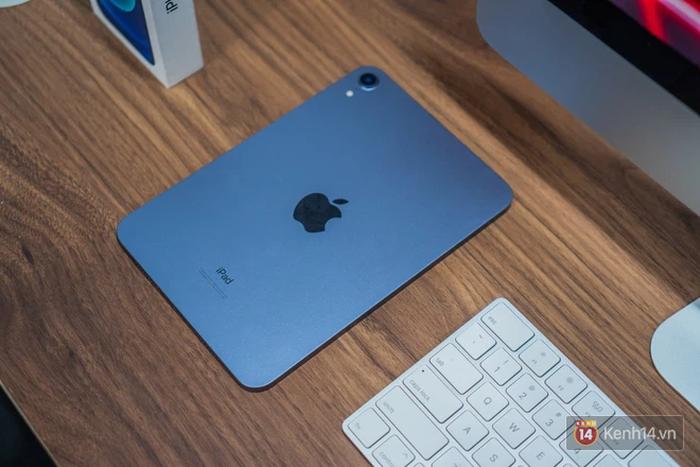 """Trên tay iPad mini 6 đầu tiên về Việt Nam: Thiết kế siêu """"mlem"""", đẹp đúng chuẩn Apple! - Ảnh 4."""