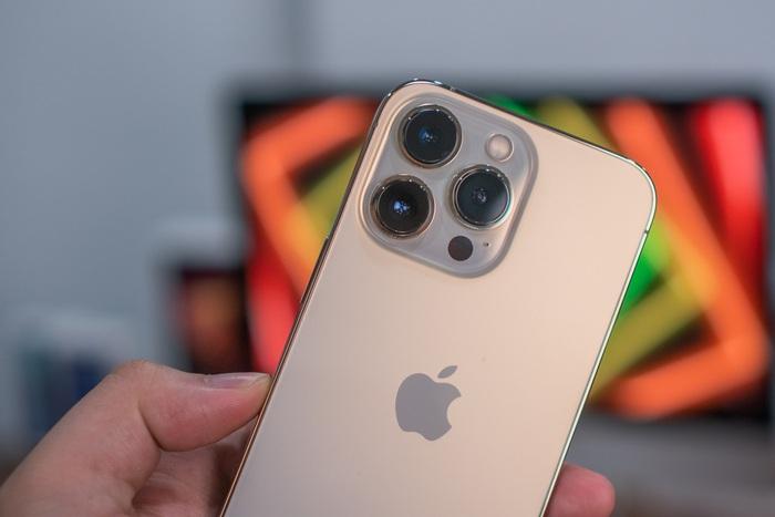 Nóng: Cận cảnh những chiếc iPhone 13 đầu tiên về Việt Nam - Ảnh 13.