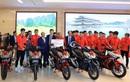Tuyển Quốc gia nữ và tuyển U22 Việt Nam được nhà tài trợ chính trao tặng món quà trị giá 3 tỷ đồng