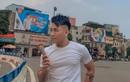 Điều gì khiến biển quảng cáo này trở thành nơi khiến giới trẻ Sài Gòn lẫn Hà Nội hào hứng tranh nhau check-in?