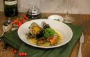 Bất ngờ với AKÓMA Café & Fusion – Một không gian châu Âu tối giản giữa lòng Sài Gòn