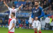 Vòng loại Euro 2020: ĐKVĐ World Cup nhận kết quả đắng ngắt ngay trên sân nhà, kịch bản không khác gì game online
