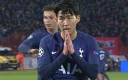 Khoảnh khắc xúc động: Son Heung-min từ chối ăn mừng sau khi ghi bàn, chắp tay và cúi đầu xin lỗi cầu thủ bị anh làm gãy chân