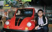 Học sinh lớp 12 ở Nam Định chế tạo xe ô tô điện chạy bằng năng lượng mặt trời, chở được 12 người