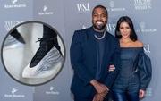 """Chơi lớn như chồng Kim """"siêu vòng 3"""", mang phát miễn phí giày bóng rổ trị giá gần 6 triệu đồng cho fan tại Chicago"""