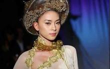 Vừa lên án nữ ca sĩ Kacey mặc áo dài Việt phản cảm, Ngô Thanh Vân lại gây tranh cãi vì diện phiên bản xuyên thấu, hở cả eo