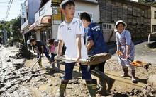 Người Nhật Bản, từ già đến trẻ không ai than khóc với thảm họa Hagibis, âm thầm vực dậy sau nỗi đau