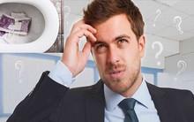 """Nhà tuyển dụng hỏi: """"Thấy 5 triệu rớt trong bồn cầu nhà vệ sinh, bạn sẽ nhặt hay không nhặt?"""" Câu trả lời thông minh khiến người đàn ông được tuyển ngay lập tức"""
