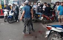 """Lời khai của người chồng cầm dao chém vợ gục giữa đường ở Hà Nội: Do nghi ngờ vợ có quan hệ """"ngoài luồng"""""""