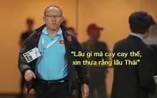 """Loạt ảnh chế màn tranh chấp căng thẳng giữa các cầu thủ Việt Nam và Thái Lan: """"Lẩu gì mà cay cay thế xin thưa rằng lẩu Thái"""""""