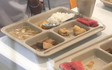 TP.HCM: Hàng loạt học sinh tiểu học nôn ói, đau bụng sau khi dùng bữa trưa tại trường Quốc tế Việt Úc