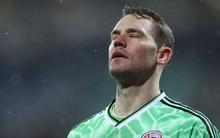 """Thua sốc đội bóng hạng dưới, sao Bayern Munich thất thần, lủi thủi chia tay giấc mơ """"ăn 3"""""""