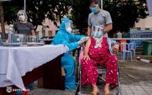 Diễn biến dịch ngày 16/10: Hà Nội thêm 12 ca mắc Covid-19 mới, 8 trường hợp về từ TP Hồ Chí Minh; TP.HCM lần đầu tiêm vaccine Sputnik V