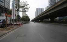 Chủ nhật cuối cùng của năm Canh Tý 2020: Đường phố Hà Nội thông thoáng, bến xe vắng vẻ
