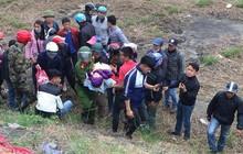 Bé trai 3 tuổi bị bỏ rơi trong cảnh đói rét dưới chân cầu ở Bắc Ninh