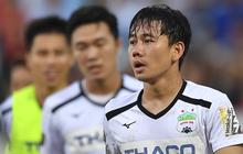 """Xót xa dòng tâm trạng của Minh Vương sau trận đấu với TP. HCM: """"Dành cả thanh xuân để trụ hạng"""""""