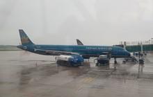 Máy bay của Vietnam Airlines 2 lần hạ cánh xuống Sân bay Đà Nẵng không được vì thời tiết xấu