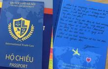 Thiết kế tấm thiệp handmade chào mừng ngày 20/10 cực sang chảnh, các chàng trai HLU đưa hội chị em đi từ bất ngờ này đến bất ngờ khác