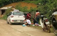 Giây phút ấm áp: Sản phụ được giúp đỡ kịp thời khi chuyển dạ sinh con bên vệ đường
