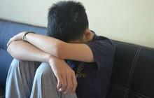 Cậu bé 12 tuổi bị một người mẹ đơn thân xinh đẹp lạm dụng tình dục và bài học đau lòng về giáo dục giới tính