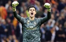 """Courtois hóa """"người nhện"""", Real Madrid lần đầu hưởng niềm vui chiến thắng tại Champions League mùa này"""