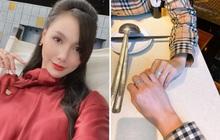 """Giữa tin đồn chia tay Chí Nhân, MC Minh Hà khoe ảnh tình tứ với """"chỗ dựa"""", đáng chú ý là cặp nhẫn kim cương"""