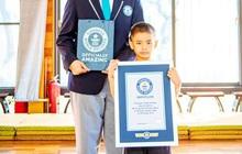 """Ban đầu tập võ cho đỡ """"tăng động"""", ai ngờ sau đó cậu nhóc 7 tuổi lập luôn kỷ lục Guinness với thành tích 158 chiếc huy chương các loại"""