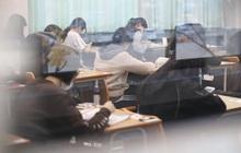 Nín thở hồi hộp khi kỳ thi đại học khốc liệt ở Hàn Quốc khởi động