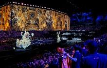 Sân khấu siêu lung linh của CKTG Liên Minh Huyền Thoại 2019 được thiết kế như thế nào?