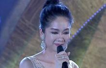 """Top 5 """"Người đẹp xứ Dừa 2019"""" thi ứng xử cười ra nước mắt: Lắp bắp không nói nên lời, liên tục... """"chết, chết rồi"""" trên sóng trực tiếp!"""