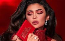 """Kylie bán một nửa đế chế Kylie Cosmetics cho """"ông lớn"""" làng mỹ phẩm, về cùng nhà với thương hiệu Bourjois"""