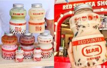 """Tín đồ trà sữa phát cuồng với phiên bản đặc biệt hình lọ sữa chua uống """"siêu to khổng lồ"""" có dung tích lên đến 700ml tại Đài Nam"""