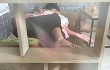 Cặp đôi vô tư nằm dài, ôm ấp nhau trong quán cà phê khiến nhiều người ngỡ như vào nhầm phòng ngủ