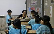 Lớp học đầy ắp tình thương giữa lòng Sài Gòn