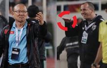 Trợ lý tuyển Thái Lan xin lỗi rất nhiều người, trừ HLV Park Hang-seo, đối mặt án phạt cực nặng nếu có tội