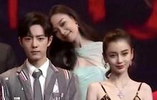 """Khoảnh khắc """"hot"""" trên Weibo, đàn chị Nghê Ni phát cuồng khi gặp mỹ nam """"Trần Tình Lệnh"""" Tiêu Chiến"""