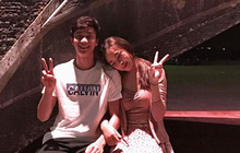Phan Văn Đức facetime khoe áo mới mua với bạn gái, Duy Mạnh cùng Quỳnh Anh tận hưởng bữa tối đặc biệt kéo dài 3 tiếng