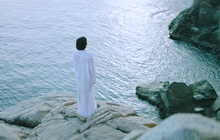 Hot ngang kịch bản đam mỹ trong MV mới ra mắt của Hiền Hồ chính là loạt bối cảnh quay đẹp đến nao lòng tại Côn Đảo