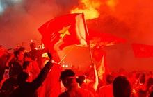 """Hàng triệu CĐV cháy hết mình theo từng nhịp bóng lăn, cổ vũ U22 Việt Nam giành """"giấc mơ vàng"""" tại SEA Games 30"""