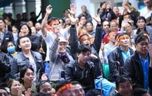 """Hàng trăm bệnh nhân quên hết đau đớn, """"cháy hết mình"""" cổ vũ đội tuyển U22 Việt Nam ngay trong bệnh viện"""