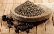 Thứ hạt nhỏ xíu nhà nào cũng có sẵn trong bếp lại có thể tận dụng làm thuốc chữa bệnh vào mùa đông cực tốt: Đây là lý do và công thức làm theo!