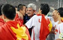 HLV huyền thoại Henrique Calisto phấn khích chúc mừng Việt Nam vô địch SEA Games