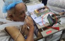 Hình ảnh cụ ông vừa phẫu thuật não đang phải thở máy vẫn cố xem trận chung kết SEA Games 30 của ĐT U22 Việt Nam gây xúc động