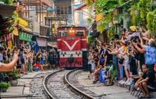 Mặc cho việc đã bị xoá sổ, phố đường tàu Hà Nội vẫn bị liệt vào danh sách những nơi... không nên đến trong 2020