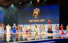 Trực tiếp chung kết Miss World: Các thí sinh trình diễn điệu nhảy quốc gia mở màn, Lương Thùy Linh được dự đoán Top 6