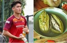 Hoá ra nam thần U22 Huỳnh Tấn Sinh cũng có sở thích ăn uống và du lịch giống với phần đông chúng ta lắm đấy!